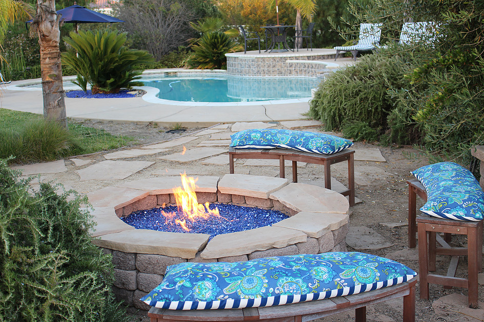 picture of a pool setting with cobalt blue landscape glass