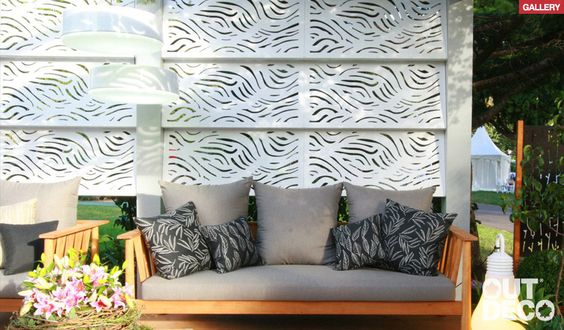 garden screen white