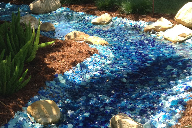 landscape glass looks like a stream and river